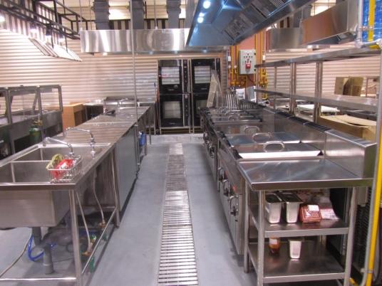 Sản xuất thiết bị inox theo đơn hàng